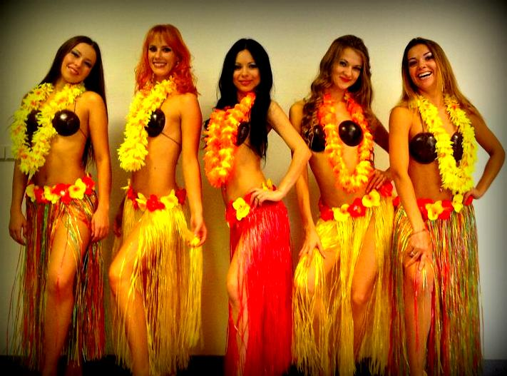 Гавайские вечеринки на пляже фото